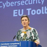 EU launches 'toolbox' to build secure 5G in Europe