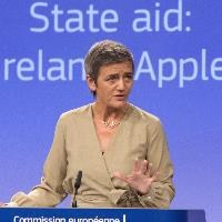 Brussels takes legal action against Ireland over Apple taxes