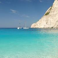 EU, UN and Smurfs help clean up world's beaches