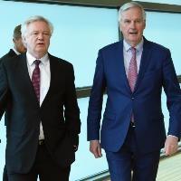 EU, UK agree 'decisive step' towards Brexit