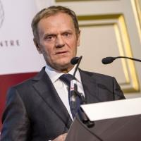UK's choice is 'hard Brexit' or 'no Brexit', says Tusk