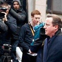 UK ministers free to campaign either way in EU referendum
