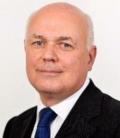 'Civil war' grips UK government after shock resignation