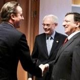 EU leaders walk toxic trillion-euro budget tightrope