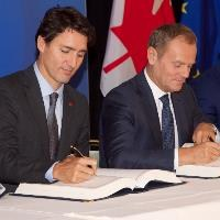 EU signs CETA trade deal with Canada