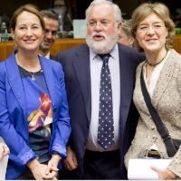 EU adopts climate change targets for Paris conference