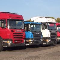 MEPs back 35 pct CO2 emissions cuts for trucks by 2030