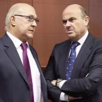 Eurozone ministers give France last chance to fix budget