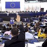 Euro-Parliament bans 'naked' credit default swaps