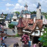 EU probes Disneyland Paris for alleged price discrimination