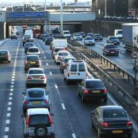 New cars fall behind EU's fuel efficiency target