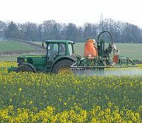 MEPs propose ban on glyphosate herbicide by 2020
