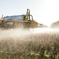 Commission renews approval of glyphosate herbicide for 5 years