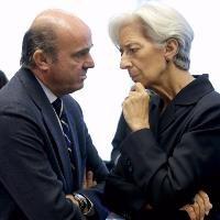 Lagarde: A new Greece program needs debt restructure
