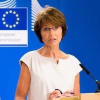 EU defends Greek deficit statistics
