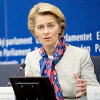 EU sets out plans to finance green economy