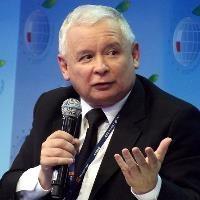 New-look Poland edges closer to hardline Hungary