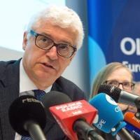 EU anti-fraud chief loses immunity in corruption row