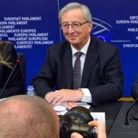 Juncker to helm EU Commission after winning MEPs' support
