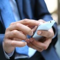 New EU roaming plan drops time limits