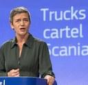 EU fines VW's Scania EUR 880m for trucks cartel