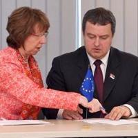 EU unlocks door to Serbia, Kosovo after landmark deal