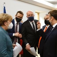 EU summit approves 55 pct emissions reduction goal