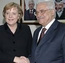 Merkel urges Mideast to seize chance for peace